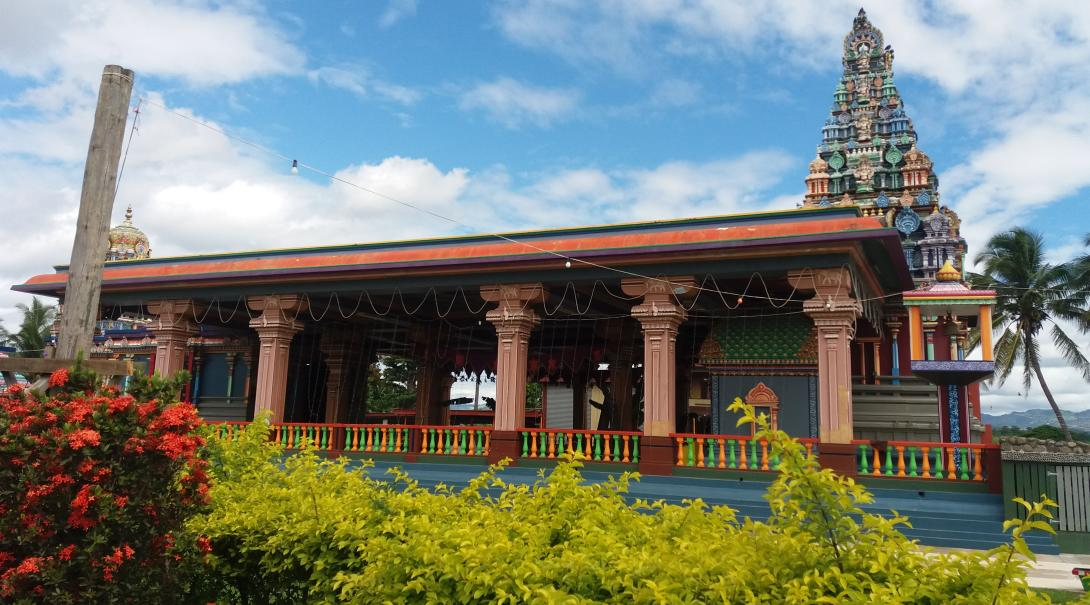 Volunteer in Fiji and see Sri Siva Subramaniya temple, a Hindu space of worship and practice on the outskirts of Nadi Town